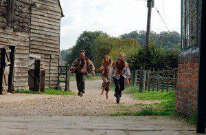 como los zombies corran como estos yo me puedo dar por jodido.