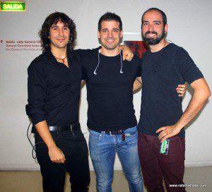 Antiguo line-up de DIM. De izda a dcha: Alex Sanz (bajo), Xabi Jareño (bat.) y Adrián M. Vallejo (guit)