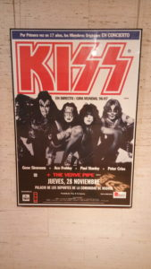 FOTO CARTEL KISS